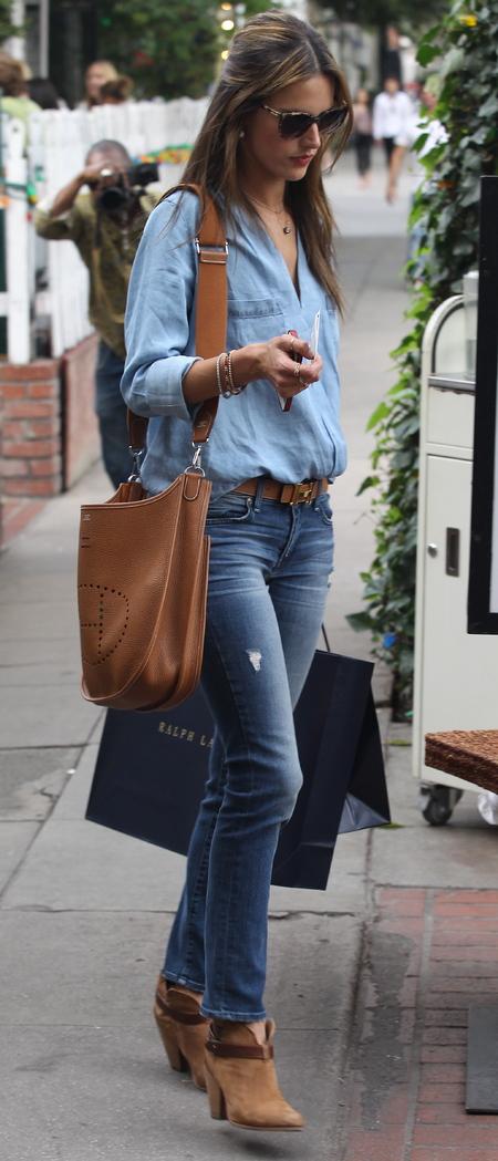 Alessandra Ambrosio's Hermes Evelyne III bag
