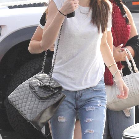 Kendall Jenner - LA sightings - chanel handbag - shoulder bag - handbag.com