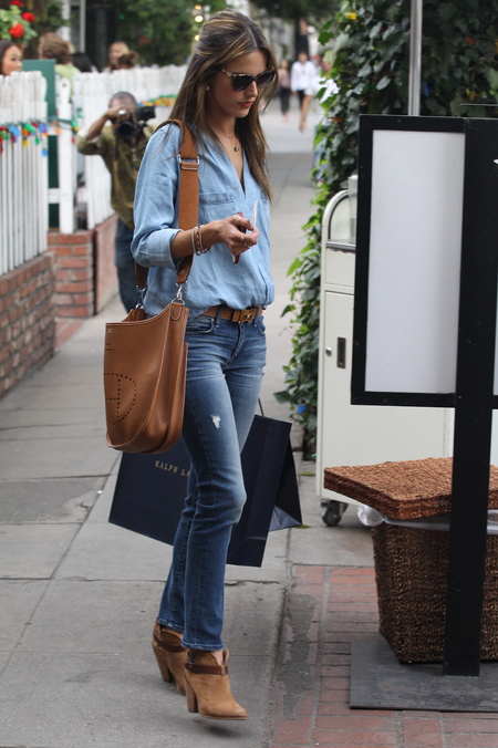 Alessandra Ambrosio - hermes handbag - celebrity sightings - handbag.com