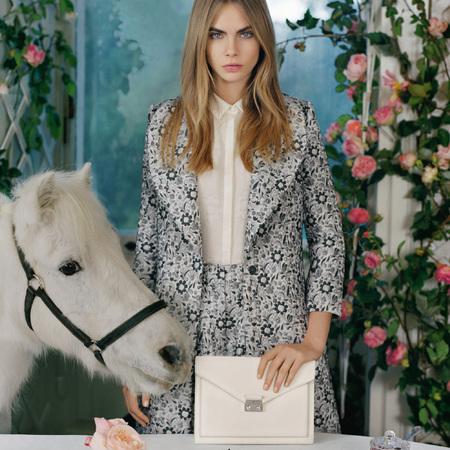 cara delevingne mulberry ss14 campaign - cream white kensal handbag - handbag.com