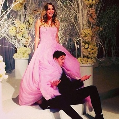 Kaley Cuoco pink Vera Wang wedding dress - life news - handbagcom