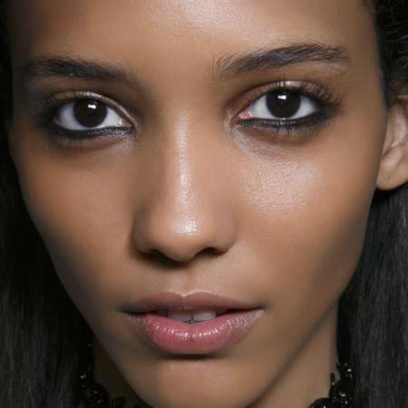 90s style eye liner - how to do grungy eye makeup now - makeup trends - handbag.com