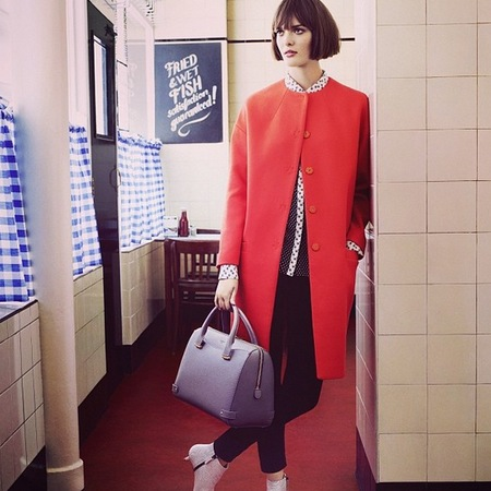 british model sam rollinson for lk bennett - models to follow for fashion week - rosamund handbag - handbag.com