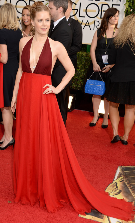 amy adams red dress at golden globes 2014 - celebrity awards season dresses - sexy red dress trend - handbag.com