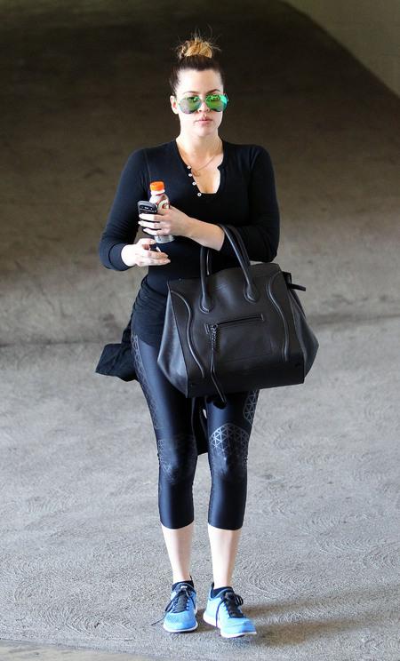 Khloe Kardashian - work out - diet - gym - celine handbag - protein shake - handbag.com