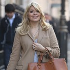 Holly Willoughby loves a high street handbag
