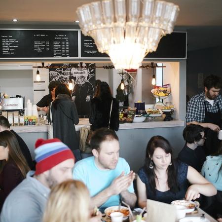 Good_Egg_cortado interior - cafe - inside - review - handbag.com
