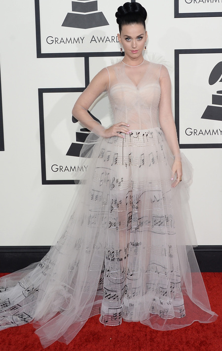 Katy Perry's music note dress at 2014 Grammys