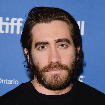 Jake Gyllenhaal with long hair - celebrity men hairstyles - long hairstyles - celebrity hair and beauty - handbag.com