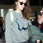 Kristen Stewart, is that a Chanel handbag?