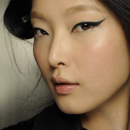 autumn winter 2014 makeup trends - flicked eyeliner - new york fashion week - handbag.com