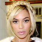 Beyonce embraces the wrap around plait