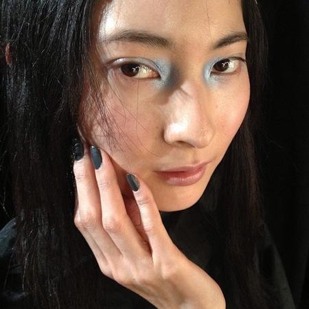 blue eye makeup trend - london fashion week autumn winter 2014 - john rocha show - handbag.com