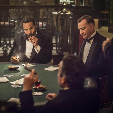 MR_SELFRIDGE_SERIES_2_EP5_18-harry playing poker - is henri a spy handbag.com