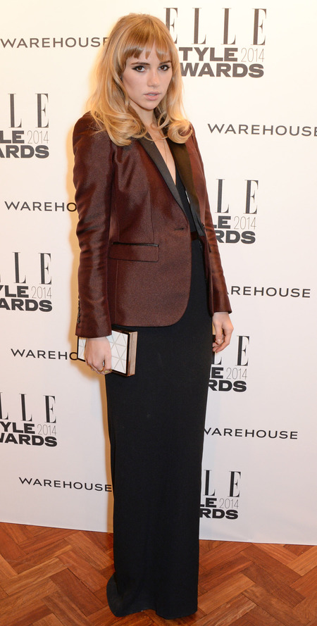 elle style awards - suki waterhouse brown blazer and long black dress - celebrity fashion trends - handbag.com