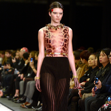 Kendall Jenner - Givenchy AW14 - Paris Fashion Week - supermodel - celebrity fashion and beauty - celebrity news - handbag.com