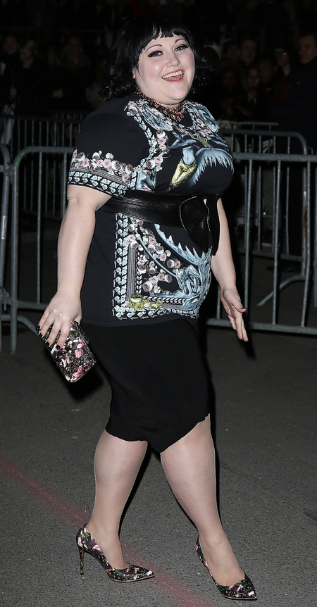 Beth Ditto and her printed Givenchy clutch