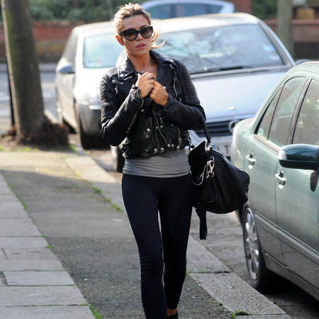 Abbey Clancy carries Givenchy messenger bag on way to gym class - healthy drinks - Twitter - London - shopping bag - handbag.com