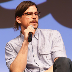 josh hartnett with long hair and beard - Penny Dreadful press conference - 90s actors and movie stars - handbag.com