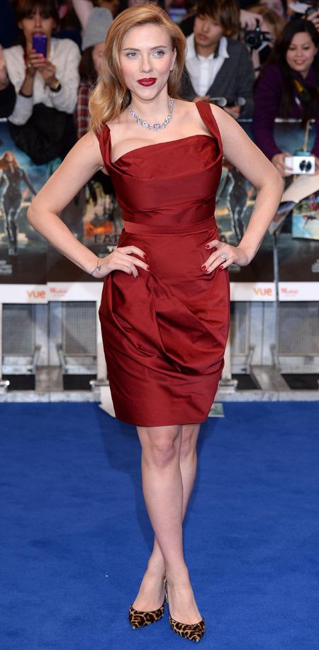 Pregnant Scarlett Johansson in Vivienne Westwood