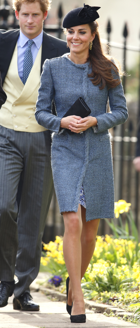 kate middleton blue tweed coat dress - wedding fashion style ideas - how to avoid a same dress disaster - handbag.com