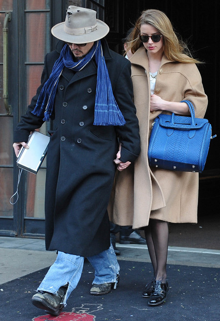johhny depp and amber heard - amber heard alexander mcqueen heroine handbag - rules for being johnny depp's girlfriend - handbag.com