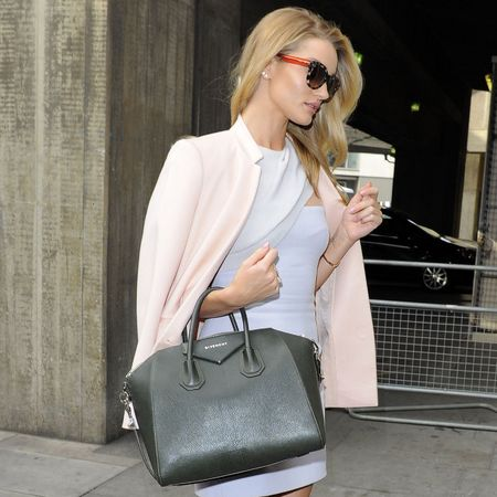 Rosie Huntington Whiteley with Givenchy bag at Vogue Festival - celeb fashion news - shopping bag - handbag.com