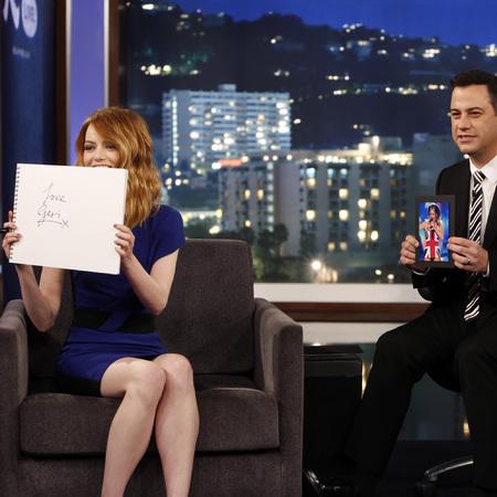 Emma Stone - Jimmy Kimmel live - spice girls fan - day bag - celeb news - handbag.com