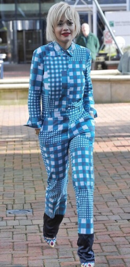 Rita Ora - twitter - gingham pyjamas and heels - shopping bag - handbag.com