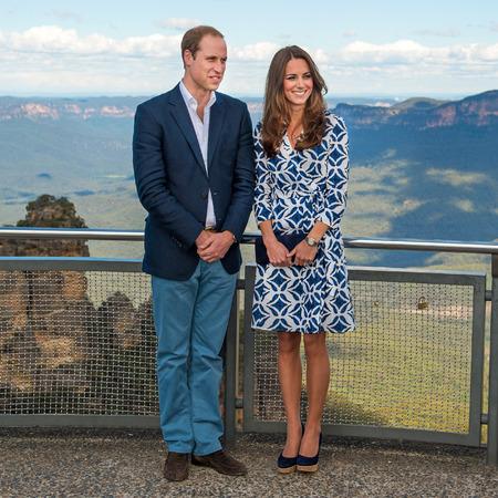 Kate Middleton and Prince William - the blue mountains - australia tour - dvf - diane von furstenberg pattern wrap dress - handbag.com