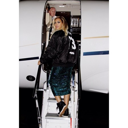 travel like beyonce feature - travel bag - handbag