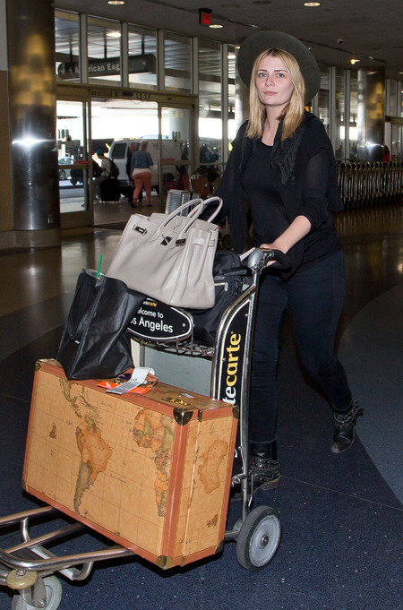 Mischa Barton travels in style