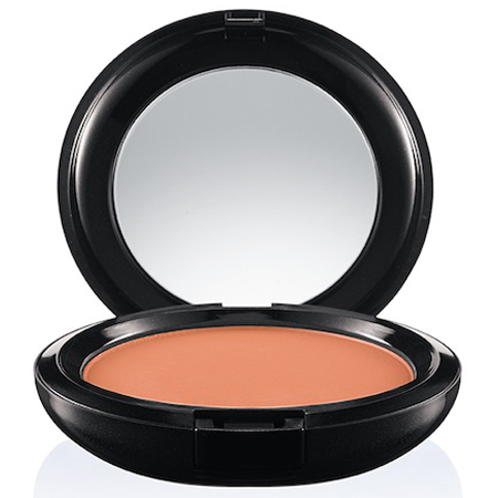 handbag essentials - makeup for your handbag - emergency solutions - mac prep prime cc powder compact - translucent powder - colour correcting makeup - handbag.com