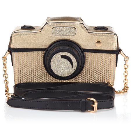 Accessorize camera bag - what to wear to a festival - festival fashion - shopping bag - handbag