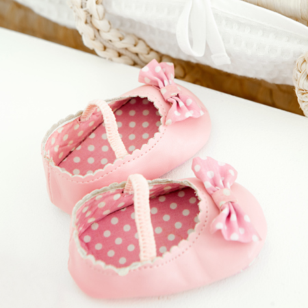 baby - pink shoes - is wearing pink wrong - baby news - education - baby bag - handbag.com