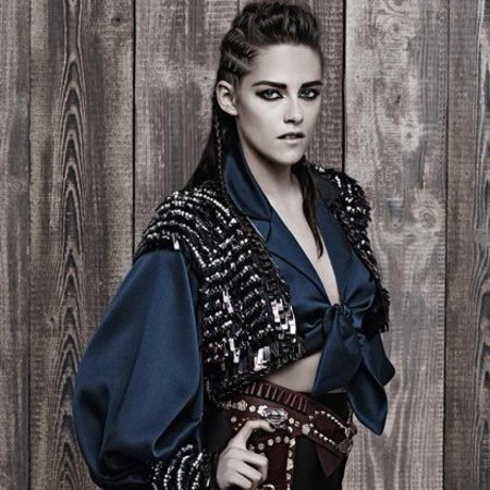 kristen stewart-chanel-metiers-d-art-paris-dallas-ad-campaign-karl-lagerfeld-autumn winter 2014-pictures-blue shirt-handbag.com