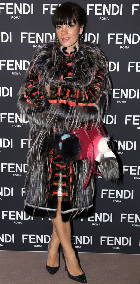 lily allen-fur coat-fendi-bag-london store launch-designer handbag-fluffy bag-handbag.com