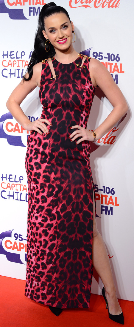 katy perry-safety pin dress-versace-red animal print-red carpet-handbag.com