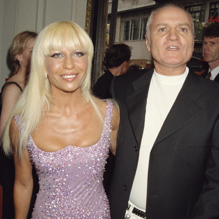 donatella versace-before cosmetic surgery-1995-gianni versace-celebrity plastic surgery-fashion designer-handbag.com