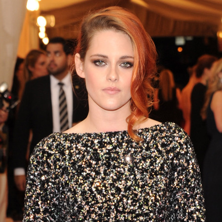 kristen stewart-met gala-chanel dress-black and gold-orange hair-red carpet-handbag.com