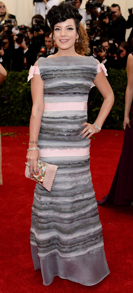 lily allen-met ball 2014-chanel-dress-worst dressed-charles james glamour-handbag.com