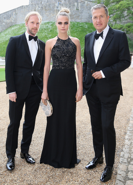 cara delevingne-black dress-sequin-glitter-halterneck-mario testino-prince william-the royal marsden hospital-charity dinner party-2014-handbag.com