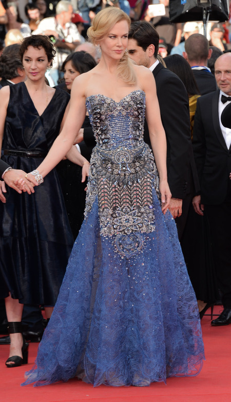 Nicole Kidman's blue Armani dress
