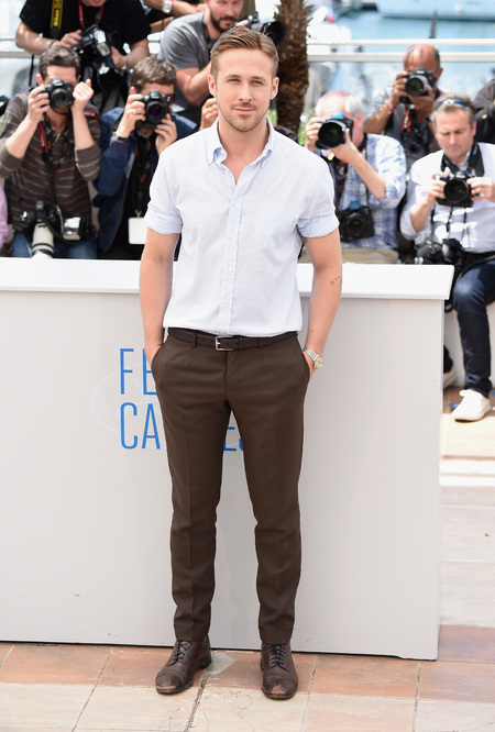ryan-gosling-lost-river-photocall-at-cannes-film-fetsival-2014-hot-pics-handbag.jpg