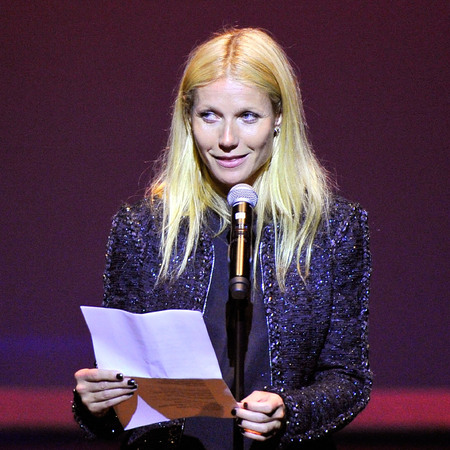gwyneth paltrow talking at code conference - gwyneth paltrow thinks she's annoying - day bag - handbag.