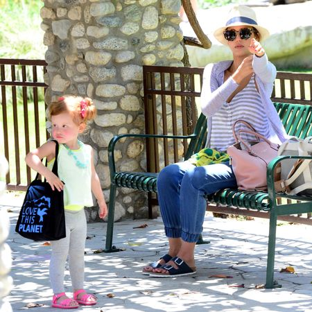 jessica alba daughter wearing bag - celebrity kids that are cooler than their mums - shopping bag - handbag