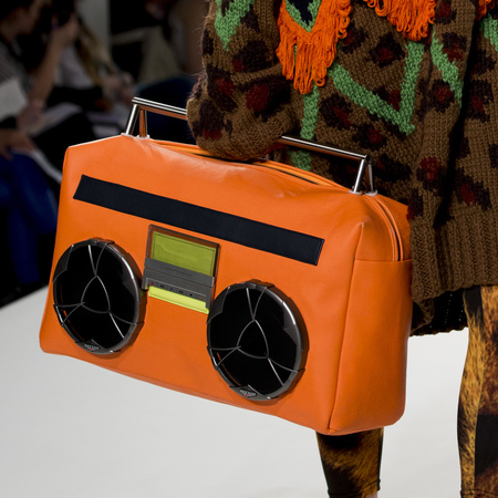 graduate fashion week 2014-best new handbag designers-zahra yasmine azam orange stero bag-handbag.com