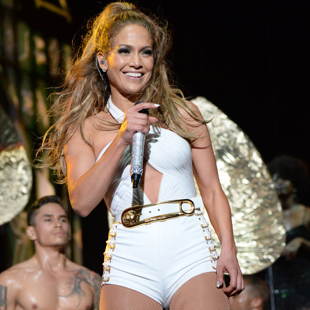 jennifer lopez-bronx concert-versace safety pin dress-leotard version-stage costume-handbag.com