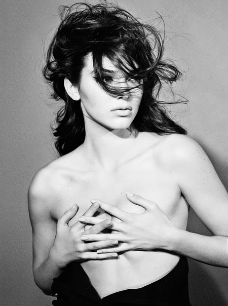 kendall jenner - topless photo - interview magazine - naked - the kardashians - handbag.com