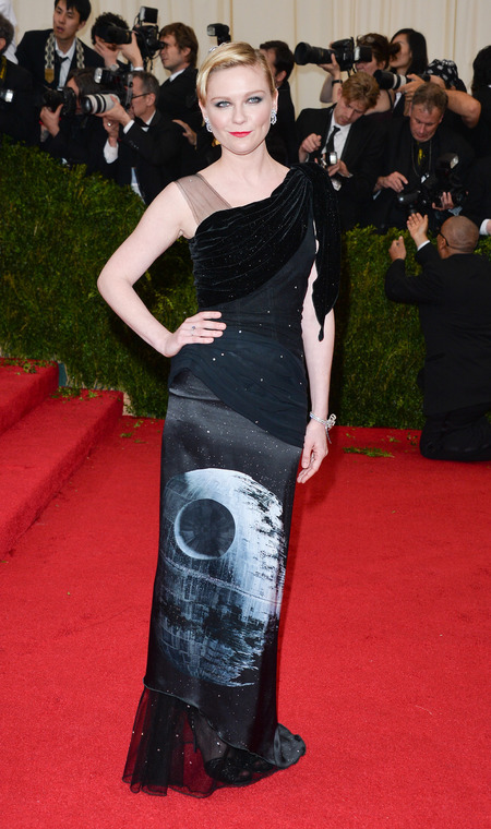 kirsten dunst in rodarte star wars dress -  - what lupita nyongo should wear in the new star wars film - shopping bag - handbag